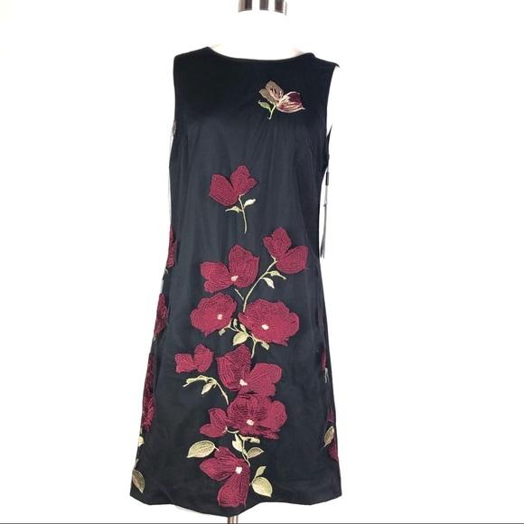 Karl Lagerfeld Dresses & Skirts - KARL LAGERFELD shift dress 8 black embroidery d605